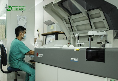 Bệnh viện Thu Cúc có hệ thống trang thiết bị hiện đại, chất lượng cao cho kết quả xét nghiệm an toàn, chính xác.