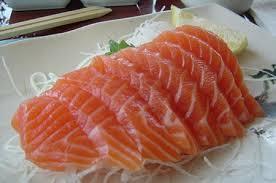 Cá cũng là loại thực phẩm thiên nhiên ngon và lành đối với sức khỏe tim mạch.