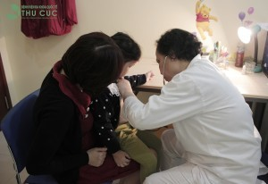 Thăm khám sức khỏe thường xuyên và định kì để tầm soát, phát hiện bệnh sớm và điều trị kịp thời...