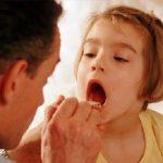 Chữa viêm amidan ở trẻ