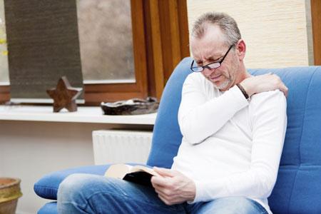 Viêm quanh khớp vai là một trong những bệnh lí xương khớp thường gặp trong cuộc sống.