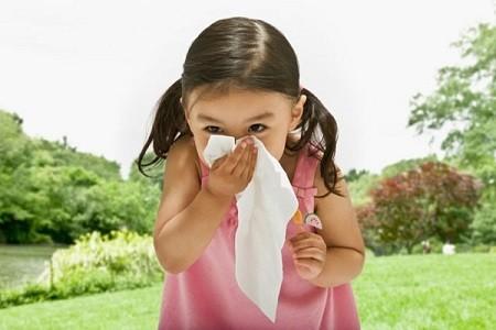 Chữa bệnh viêm mũi cho trẻ