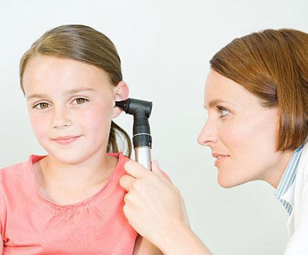 Chữa viêm tai giữa trẻ em
