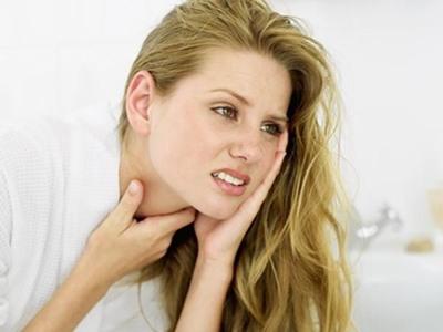 Viêm họng là dạng bệnh khá thường gặp và gây nhiều khó chịu chịu người bệnh.