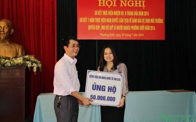 Bệnh viện Thu Cúc ủng hộ 50 triệu đồng cho quỹ Vì người nghèo phường Bưởi