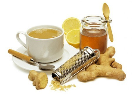 Gừng và mật ong là hai vị thuốc khá công hiệu trong điều trị viêm họng.