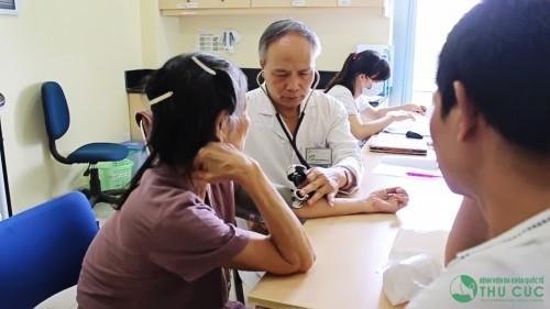 Tại đây, người bệnh sẽ được thăm khám, tư vấn trực tiếp bởi các bác sỹ chuyên khoa hàng đầu.