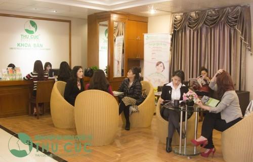 Khoa sản phụ khoa - bệnh viện Thu Cúc là địa chỉ thăm khám, chăm sóc sức khỏe phụ nữ được đông đảo người bệnh tin chọn, đánh giá cao.