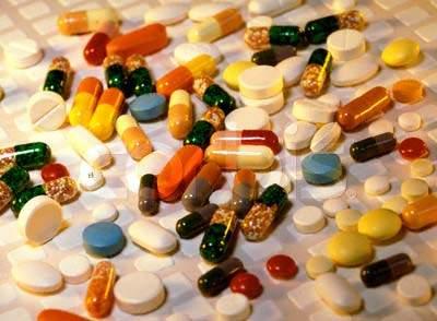 Không nên tự ý sử dụng thuốc kháng sinh để điều trị viêm amidan cho trẻ nhỏ.
