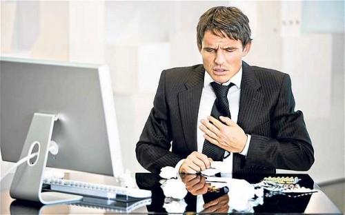 Dân văn phòng đối mặt nguy cơ bệnh tim mạch3