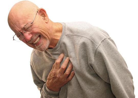 Người bị nhồi máu cơ tim nếu không được cấp cứu kip thời có thể dẫn tới tử vong