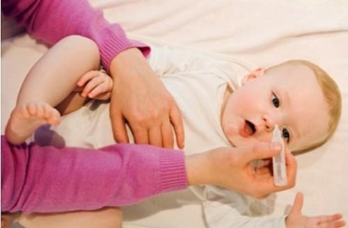 các bệnh trẻ sơ sinh thường gặp và cách điều trị