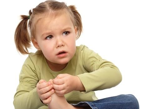 Bệnh viêm khớp trẻ em2