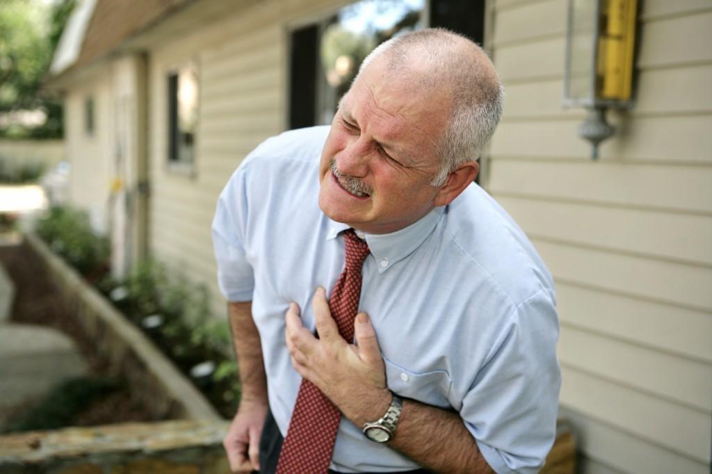 Cách sơ cứu khi bị nhồi máu cơ tim