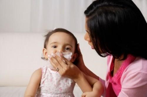 Lưu ý sức khỏe cho trẻ dịp Tết đến1
