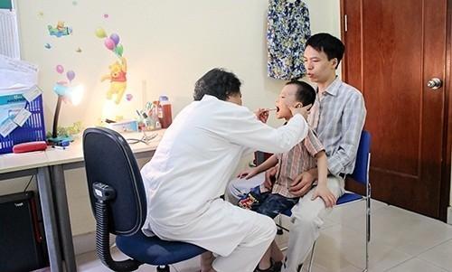 Khám nhi khoa tại Bệnh viện Đa khoa Quốc tế Thu Cúc.