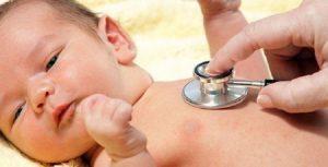 Trẻ em rất dễ mắc bệnh về đường hô hấp trong đó có viêm phổi