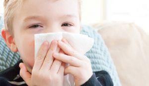 Ban đầu viêm phổi cấp có triệu chứng như bệnh cảm cúm thông thường