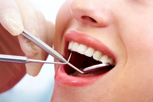 Lấy-cao-răng-khi-mang-thai2