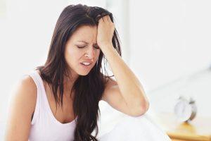Đau nửa đầu là triệu chứng báo hiệu nhiều bệnh lý liên quan tới nội thần kinh cần quan tâm đúng mức