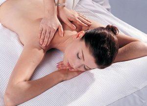 Học cách thư giãn và để cơ thể được nghỉ ngơi hợp lý sẽ có tác dụng ngăn chặn cơn đau nửa đầu tái phát