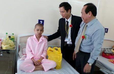 Bệnh nhi điều trị tại khoa vệ tinh của bệnh viện Ung Bướu tại quận 2, TPHCM