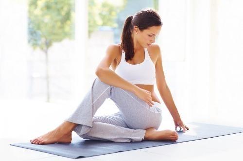 Kết quả hình ảnh cho yoga giảm đau lưng