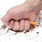 Bỏ thuốc lá làm giảm nguy cơ mắc bệnh động mạch vành