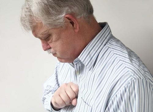 Tình trạng đầy hơi, khó tiêu kéo dài và ngày càng nghiêm trọng hơn có thể là biểu hiện của đau ruột thừa.