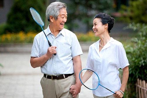 Tập luyện vừa sức để tăng cường sức khỏe rất tốt với bệnh nhân bị bệnh xương khớp