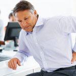 Ðau lưng do hẹp ống sống thắt lưng có nguy hiểm?
