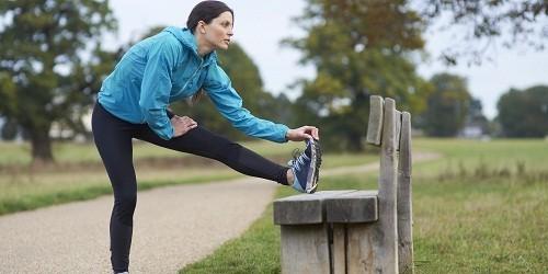 Vận động không chỉ giữ các khớp luôn vận động và cơ bắp khỏe mạnh - nó còn giúp bạn ngủ tốt hơn và chống mệt mỏi.