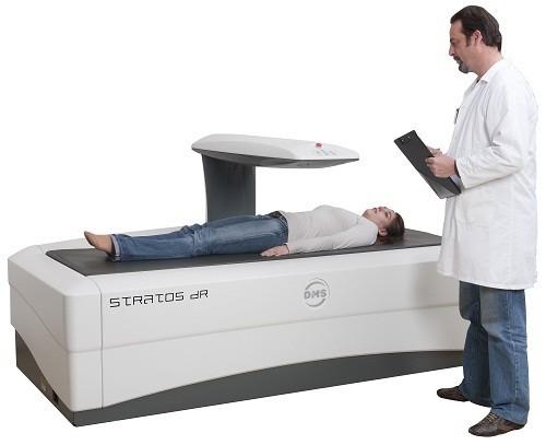 Xét nghiệm đo đậm độ xương (DEXA) thường được sử dụng trong chẩn đoán loãng xương.