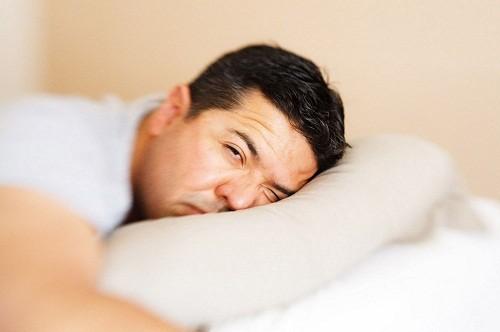 Người bị viêm gan E nên dành thời gian nghỉ ngơi, hạn chế hoạt động.