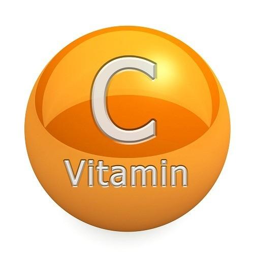 Vitamin C làm tăng hấp thu chất sắt.