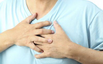 Làm gì khi bị đau tức ngực?