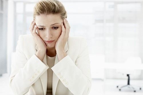 Mãn kinh xảy ra trước năm 40 tuổi được coi là mãn kinh sớm.