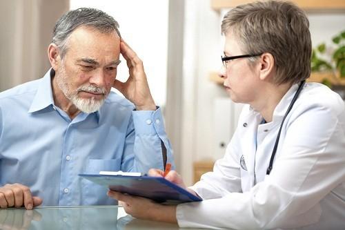 Tràn dịch khớp gối có chữa được không là mối quan tâm hàng đầu của người bệnh.