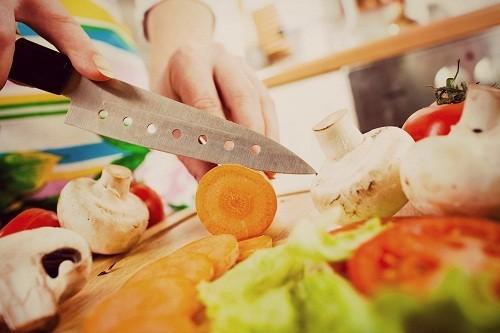 Người bệnh cần giữ trọng lượng cơ thể ở mức hợp lý bằng cách thực hiện một chế độ ăn uống lành mạnh.