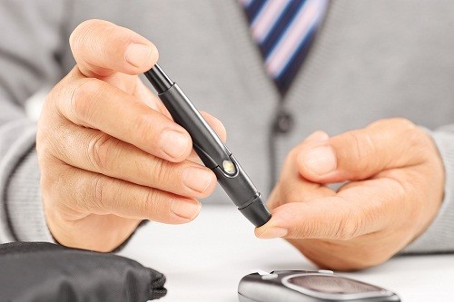 Hôn mê đái tháo đường là một biến chứng đe dọa tính mạng của bệnh đái tháo đường, trong đó bệnh nhân rơi vào trạng thái bất tỉnh.