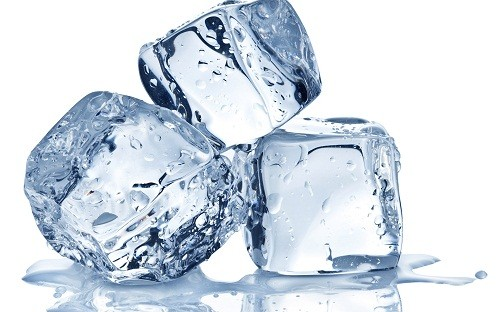 Đối với người bệnh thiếu máu biểu hiện của hội chứng Pica là thèm ăn các cục nước đá hoặc mẩu nước đá.