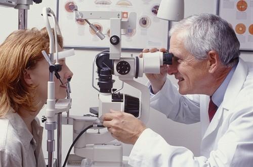 Khối u ác tính ở mắt có thể lây lan khắp cơ thể và gây tử vong nếu không được điều trị.