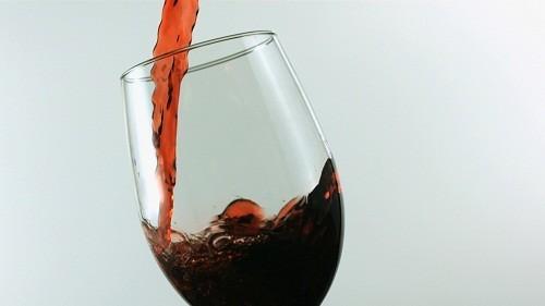 Cần tuyệt đối tránh xa các loại đồ uống có cồn trong thời kỳ mang thai.