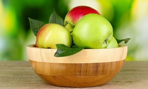 Táo là loai trái cây đặc biệt rất giàu chất flavonoid, giúp làm giảm nguy cơ mắc bệnh hen suyễn.