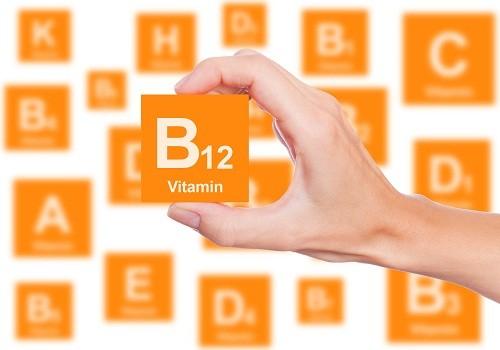 Theo khuyến cáo của các bác sĩ, bệnh nhân bị viêm khớp dạng thấp có thể uống bổ sung vitamin B12 để ngăn ngừa bệnh thiếu máu.