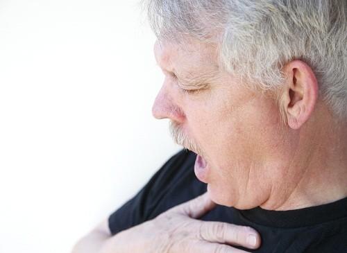 Những người bị sưng hoặc khó thở sau khi tiếp xúc với các sản phẩm có gelatin trong thành phần, cần được kiểm tra và theo dõi cẩn thận.
