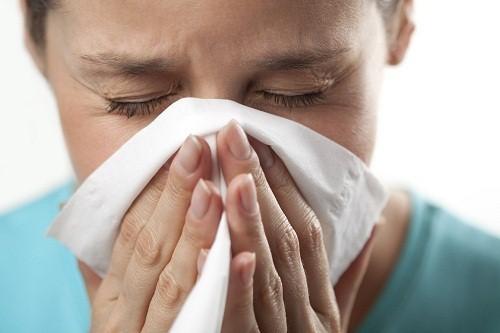Những người bị dị ứng với gelatin có bị chảy nước mũi  sau khi tiêu thụ hoặc tiếp xúc với một sản phẩm có chứa gelatin
