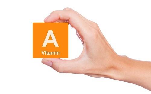 Vitamin A có khả năng chống loãng xương vì nó giúp hình thành và giữ cho răng, mô xương, màng nhầy và da luôn khỏe.