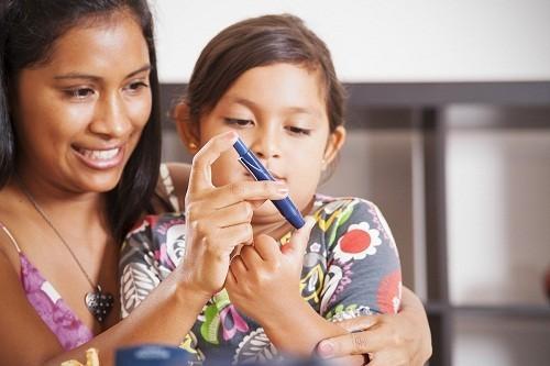 Nhận biết sớm các dấu hiệu bệnh tiểu đường ở trẻ để sẽ giúp phát hiện sớm và điều trị kịp thời.