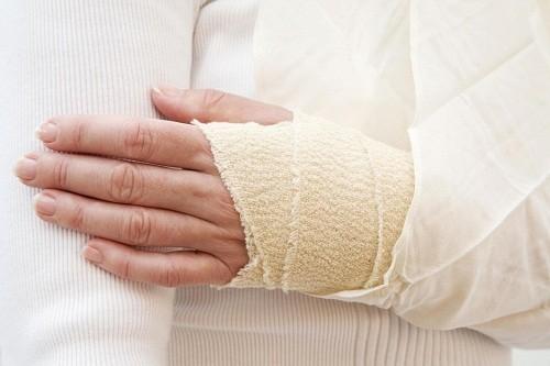 Theo quan sát, nhiễm trùng, chảy máu hoặc vết thương bầm tím ở những người bệnh tiểu đường rất lâu lành.